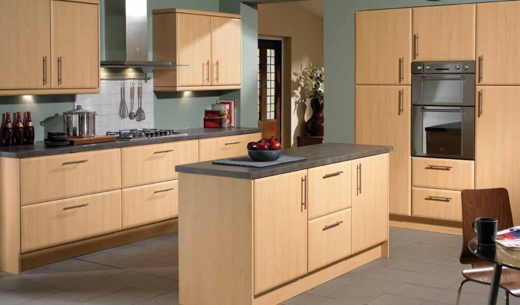Kitchens Light Maple Cabinets