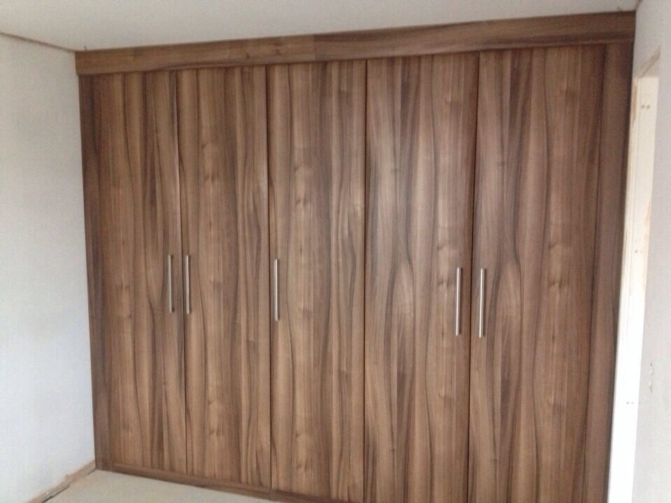 Recently Fitted Hinged Wardrobes