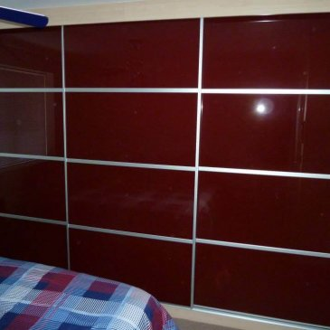 Dark Red Sliding door wardrobe. Chesterfield S41