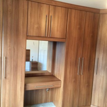 Fitted Bedroom in Odessa Oak